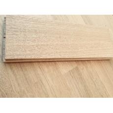 Паркет из экологически чистой древесины 420х70 мм Радиал